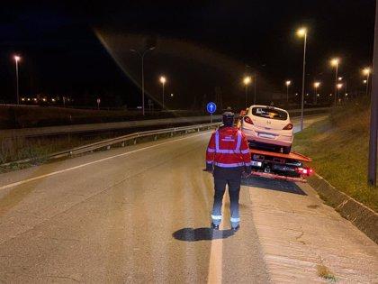 Detenida en Mutilva por negarse a hacer las pruebas de alcohol y drogas tras sufrir un accidente
