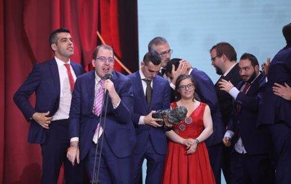 Actores de 'Campeones' compaginan la fama con sus anteriores ocupaciones un año después del éxito en los Goya