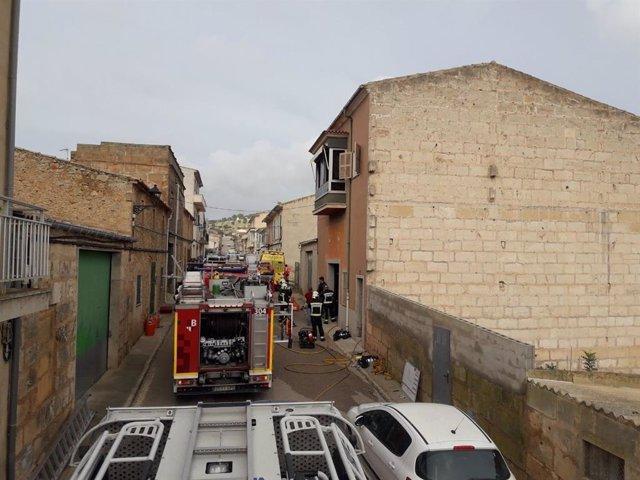 AMP2.- Sucesos.- Fallece un menor de cinco años en un incendio en una vivienda unifamiliar en Villafranca