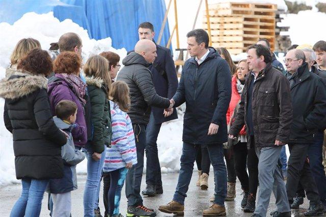 El presidente del Gobierno, Pedro Sánchez, visita la zona golpeada por la borrasca 'Gloria', en Cantavieja (Teruel/Aragón/España) a  25 de enero de 2020.