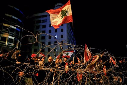 Las protestas en Líbano cumplen cien días sin indicios de flaquear pese a la formación de gobierno
