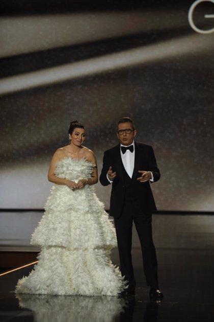 """Buenafuente y Abril abren los Goya sin """"saber"""" dirigirse a Sánchez: """"El presidente es Mariano y el guapo Banderas"""""""