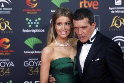 Antonio Banderas y Nicole Kimpel, la pareja estrella de los Goya 2020
