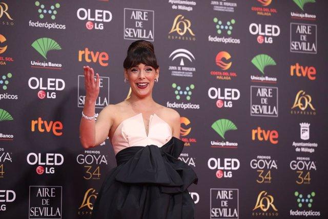 La actriz Belén Cuesta, posa en la alfombra roja de la XXXIV edición de los Premios Goya, en Málaga (Andalucía, España), a 25 de enero de 2020