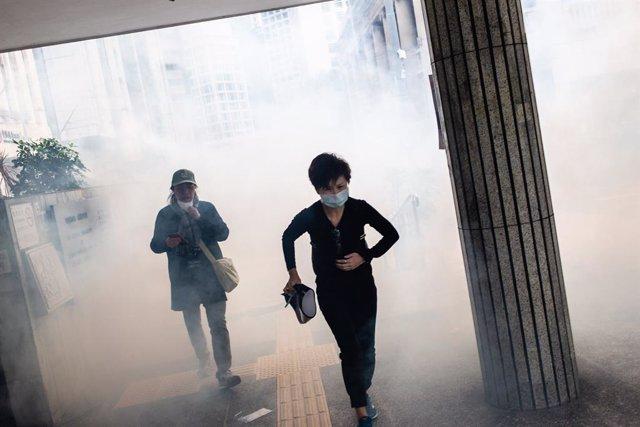 China.- Continúan las protestas en Hong Kong en medio del Año Nuevo chino