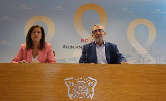 Juan Manuel Flores en rueda de prensa