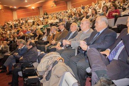 La Unidad de Cirugía General del Virgen del Rocío de Sevilla cumple 50 años liderando la asistencia en Andalucía