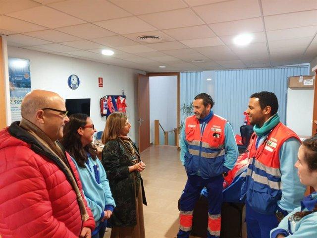 La delegada territorial de Salud y Familias, Isabel Paredes, visita un centro de salud en la provincia de Cádiz