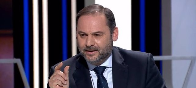Entrevista al ministro de Transportes, Movilidad y Agenda Urbana, José Luis Ábalos