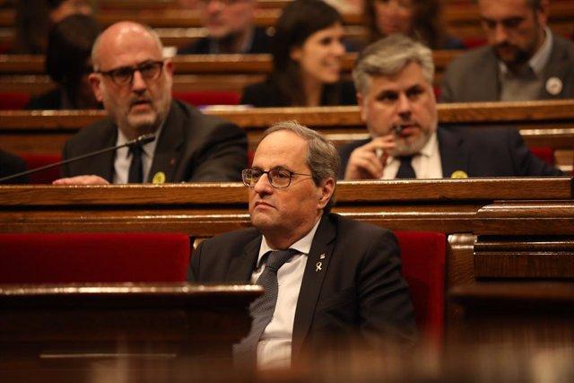 El president de la Generalitat, Quim Torra, durant un ple extraordinari al Parlament després de la decisió de la Junta Electoral Central (JEC) d'inhabilitar-lo a Barcelona (Catalunya, Espanya), 4 de gener del 2020.