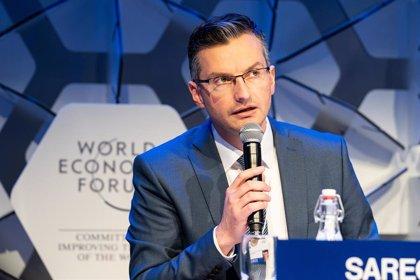 El primer ministro de Eslovenia presenta su dimisión y pide la convocatoria de elecciones anticipadas