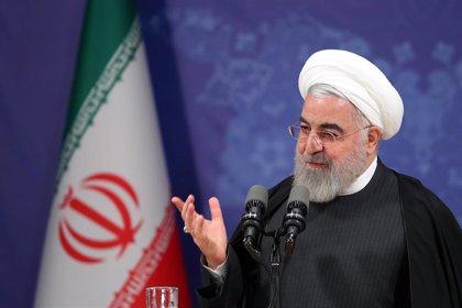 """Rohani insta a los iraníes a """"no huir de las urnas"""" y participar en las elecciones parlamentarias"""