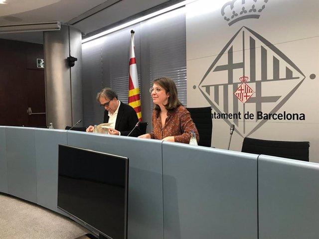 Els tinents d'alcalde de l'Ajuntament de Barcelona Joan Subirats i Janet Sanz, en roda de premsa sobre el museu Hermitage el 27 de gener del 2020