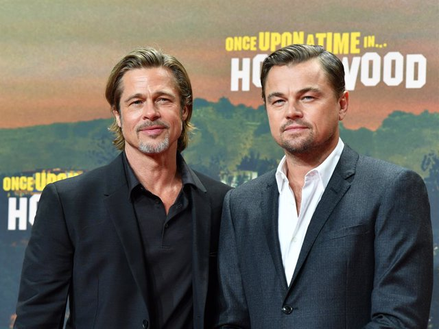 01 August 2019, Berlin: US actors Brad Pitt (L) and Leonardo DiCaprio attend the German premiere of 'Once upon a time in Hollywood' film. Photo: Jens Kalaene/dpa-Zentralbild/dpa