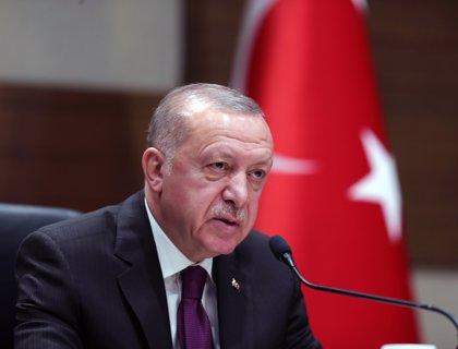 Erdogan acusa a Haftar de violar el alto el fuego en Libia y lamenta que no se pueda confiar en él