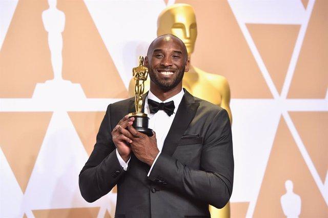 Kobe Bryant gana el Oscar con su corto Dear Basketbal