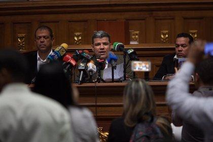 """Diputados 'chavistas' piden a Parra que haga lo necesario para """"sacar a la Asamblea Nacional del desacato"""""""