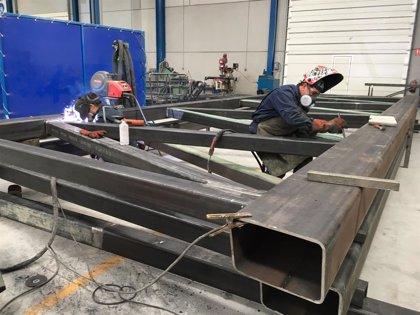 """""""Al 70 por ciento"""" la fabricación de la estructura metálica de la futura pasarela ciclista y peatonal del PISA"""