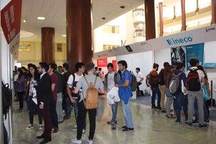 """La Junta apuesta por las escuelas de Ingeniería y las vocaciones técnicas para afrontar la """"revolución digital"""""""