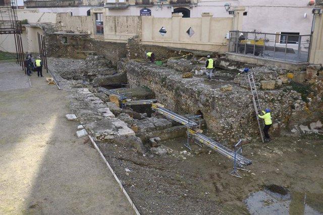 Excavacions al teatre romà de Tarragona.