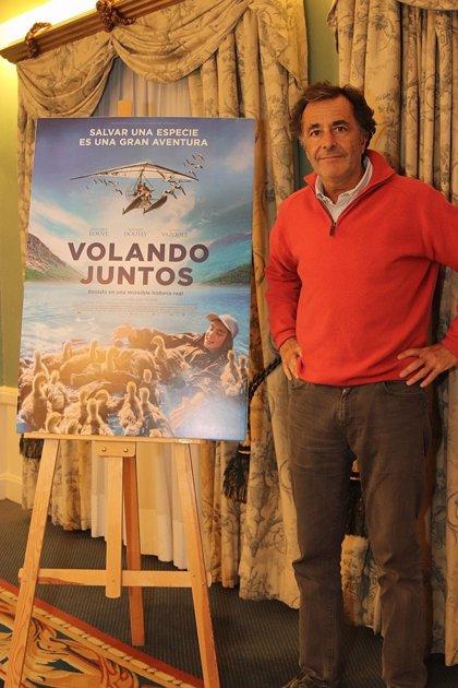 """Nicolas Vanier insta en la cinta 'Volando Juntos' a luchar contra el cambio climático: """"Un crimen contra la humanidad"""""""