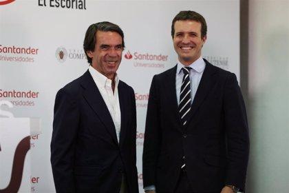 Casado y Aznar, juntos este martes en el coloquio 'España ante un cambio de régimen'