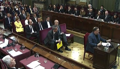 Los exconsellers encarcelados comparecen este martes en el Parlament