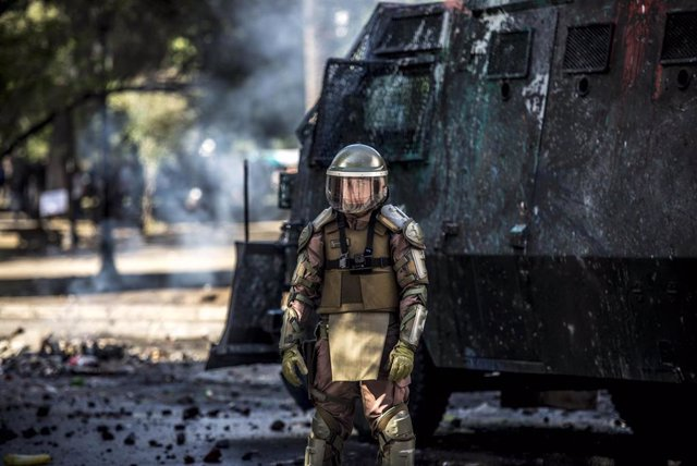 Carabinero de Chile durante las protestas.