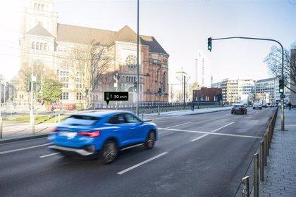 Audi implanta en Düseldorf (Alemania) su sistema de información de señales de tráfico