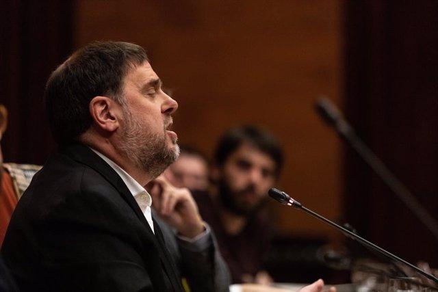 L'exvicepresident de la Generalitat, Oriol Junqueras, durant la seva intervenció en la comissió del 155 al Parlament.