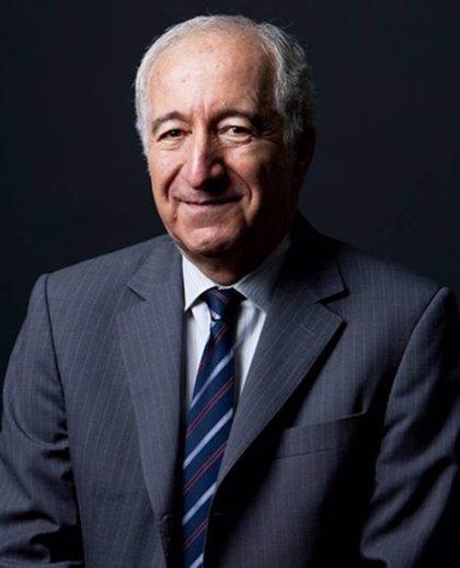 UCAM investirá este martes doctor honoris causa a Bernardo Kliksberg
