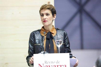 """Chivite ve """"una buena noticia"""" el descenso del desempleo en Navarra, pero dice que """"no nos tenemos que conformar"""""""