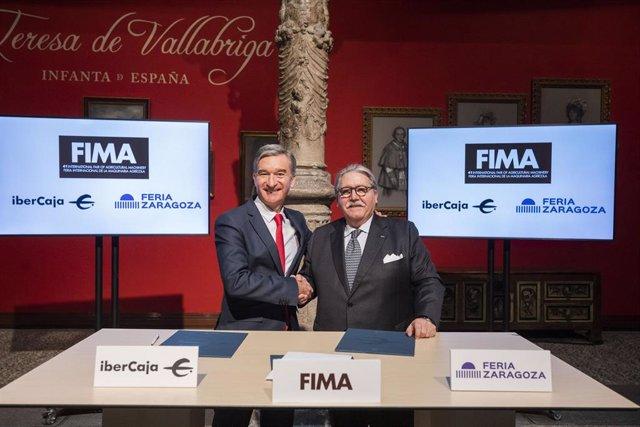El consejero delegado de Ibercaja, Víctor Iglesias, y el presidente de Feria de Zaragoza, Manuel Teruel