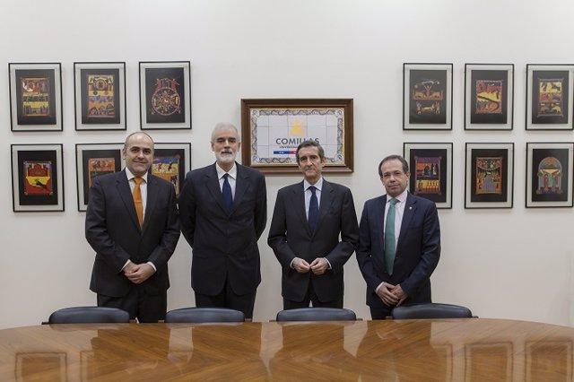 Firma del convenio entre Repsol y la Escuela Técnica Superior de Ingeniería (ICAI) de la Universidad Pontificia de Comillas.