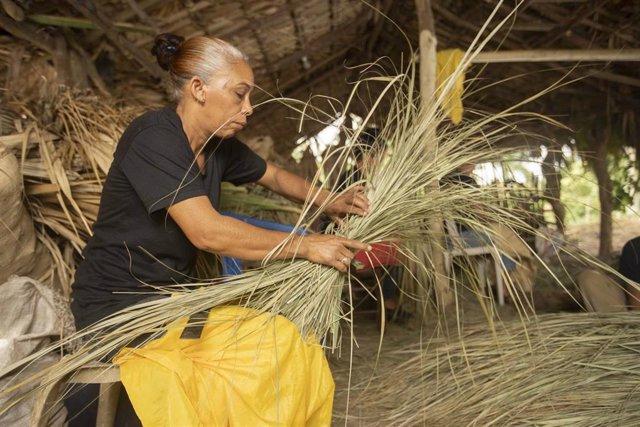 Una mujer beneficiaria de los microcréditos de la Fundación Microfinanzas BBVA.