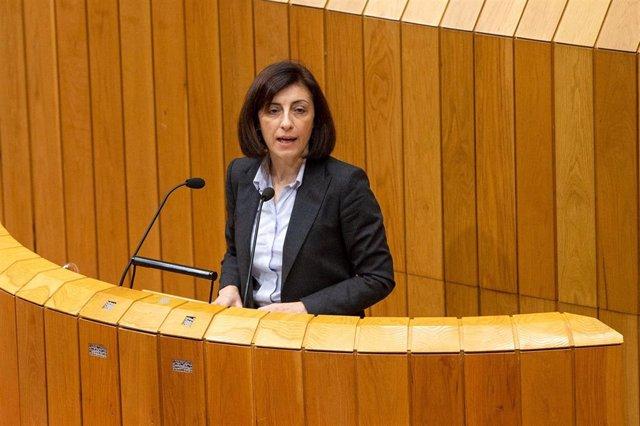 La conselleira Ángeles Vázquez comparece en el Parlamento