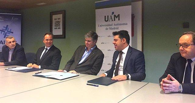 Firma del convenio entre UAM, su fundación y Mundipharma Pharmaceuticals