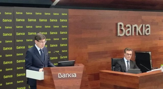 El presidente de Bankia, José Ignacio Goirigolzarri (izq), y el consejero delegado de Bankia, José Sevilla (dcha), en la presentación de resultados anuales 2019.