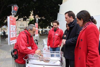 La Encarnación acoge una campaña de Médicos Sin Fronteras sobre la mortalidad de recién nacidos en emergencias