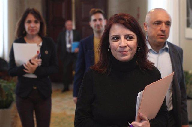 La portavoz del PSOE en el Congreso, Adriana Lastra y el secretario general del Grupo Socialista, Rafael Simancas (dech), a su llegada a la Junta de Portavoces en el Congreso