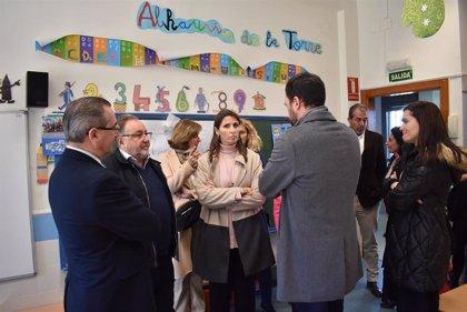 Responsables de Educación de la Junta visitan los centros de Alhaurín de la Torre (Málaga) para conocer las necesidades