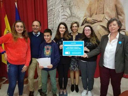 La Junta felicita al IES Maimónides, de Córdoba, por su reconocimiento como Centro Referente en Educación por Unicef