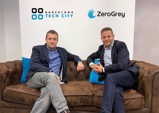 El CEO de Barcelona Tech City, Miquel Martí, i el director general de ZeroGrey Espanya, Daniel Viniegra.