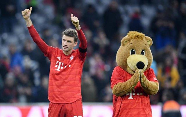 Thomas Muller celebra un gol con el Bayern