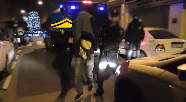 Detenido en Tarragona un yihadista por contactar con otros terroristas y buscar objetivos entre críticos del Islam