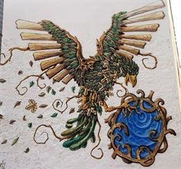 Mural decorativo de pájaro con alas de madera
