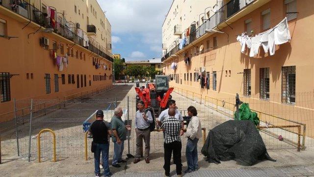 Visita actuación vivienda en barriada de la Paz en Cádiz