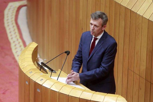 El vicepresidente de la Xunta, Alfonso Rueda, comparece en la Cámara autonómica