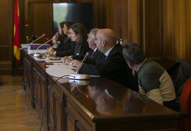 Juicio con jurado en Sevilla a un hombre acusado de matar a su exmujer y herir a una prima en junio de 2017 en Sevilla, a 21 de enero de 2020.