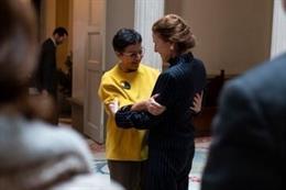 La ministra de Asuntos Exteriores, UE y Cooperación, Arancha González Laya, junto a la directora ejecutiva del Fondo de las Naciones Unidas para la Infancia (UNICEF), Henrietta Fore.